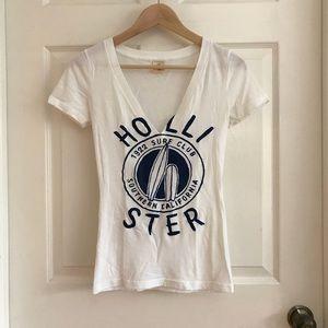Hollister Women's T-shirt Small